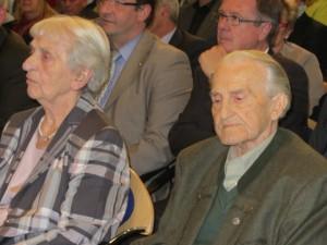 Walter Meister als Ehrenmitglied und Zeitzeuge des Rheinischen Fischerfestes mit Ehefrau Katharina